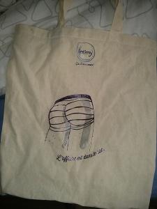 si on traite lé meuf moche de gro sac, alor ce sac est une grosse meuf
