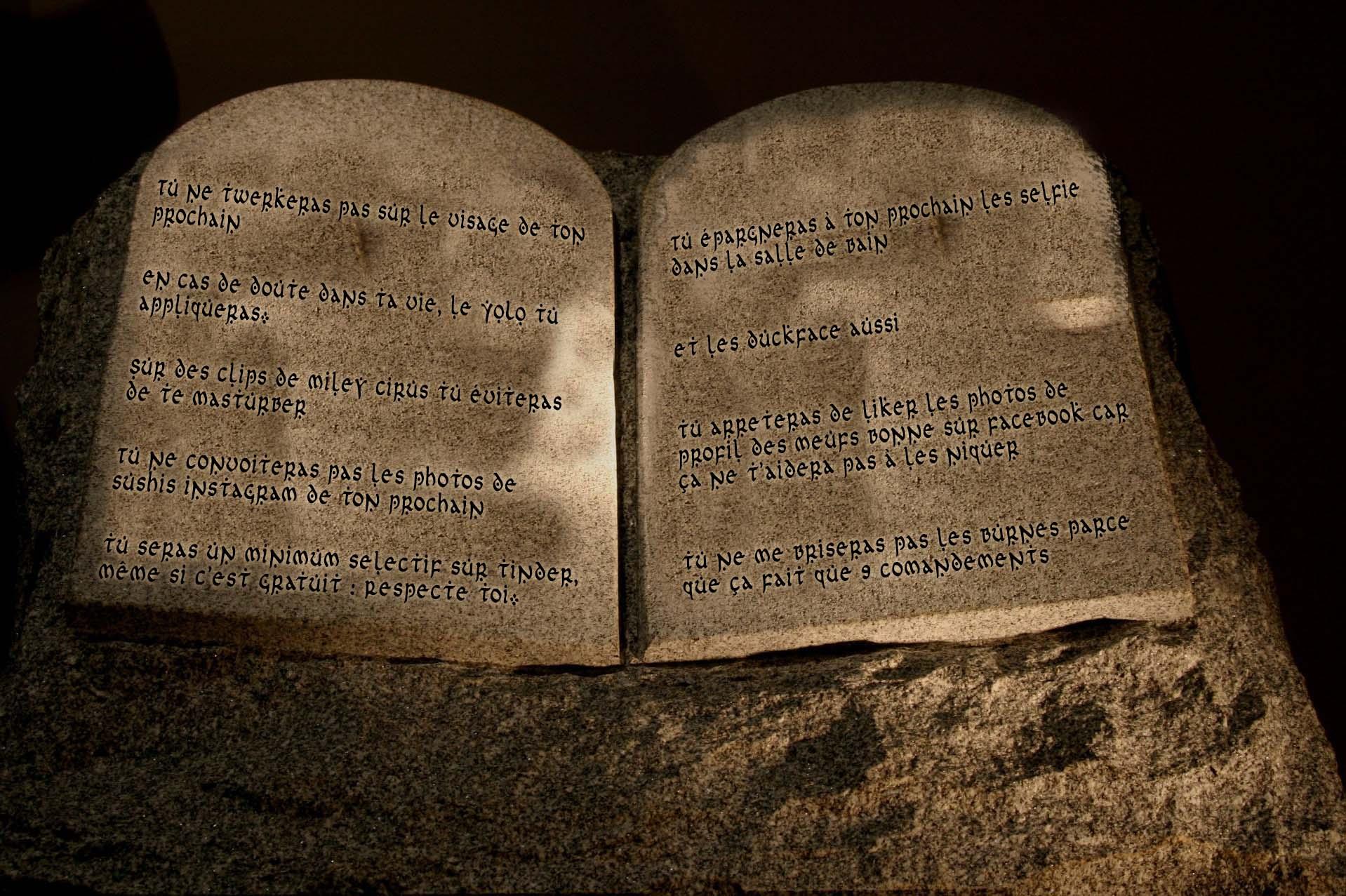 Mon voyage o pays de jizeusse partie 3 baborlelefan - Les tables des 10 commandements ...